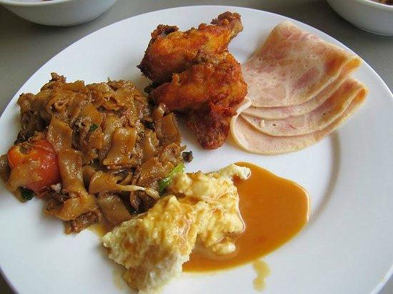 Rocana Hotel Kuantan: Breakfast