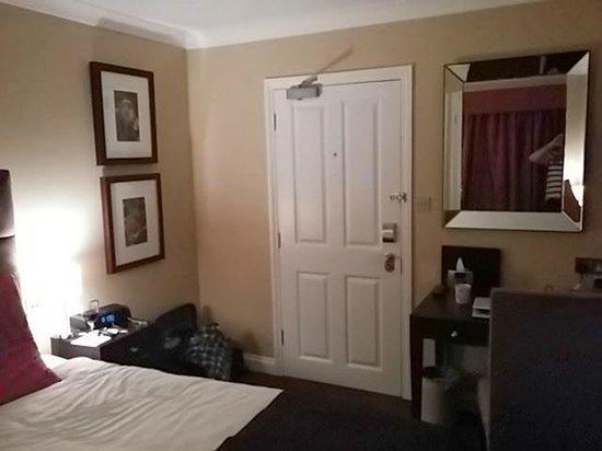 Barnett Hill Hotel: Refurbished room