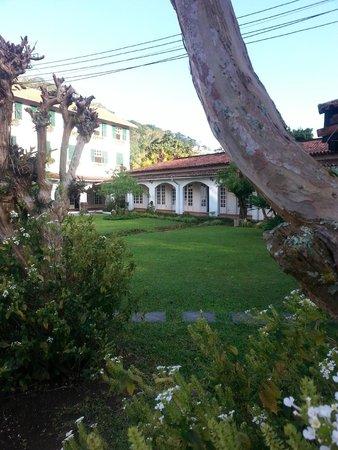 Hotel Bucsky : Exterior fundos