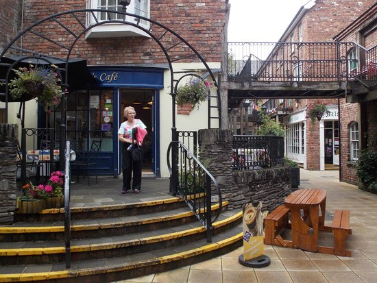 "Walled city Londonderry: Cafe' in the ""Wee"" shops"