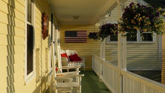 Ballard House Inn: The porch