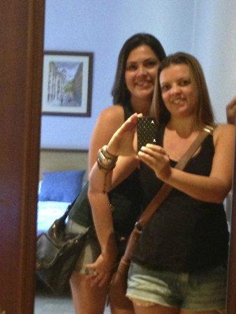 Best Western Hotel Los Condes: Despedindo do Hotel - Espelho do Quarto