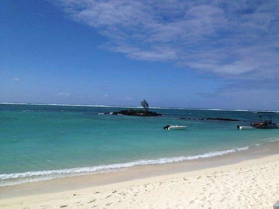 Constance Belle Mare Plage : Praia do resort