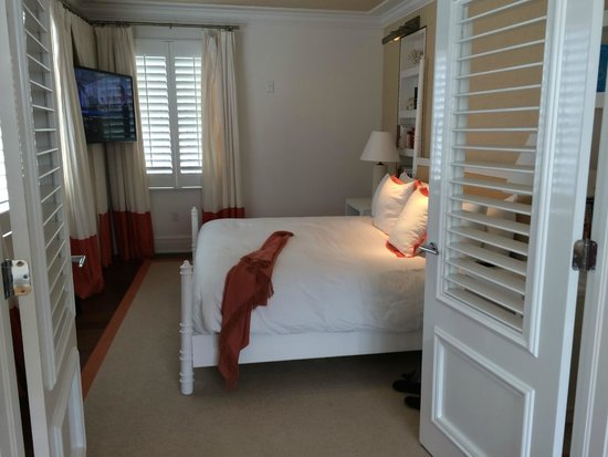 The Betsy - South Beach: The king-size bed in the Royal Suite