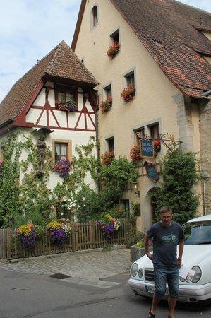 Burghotel: Foran hotellet