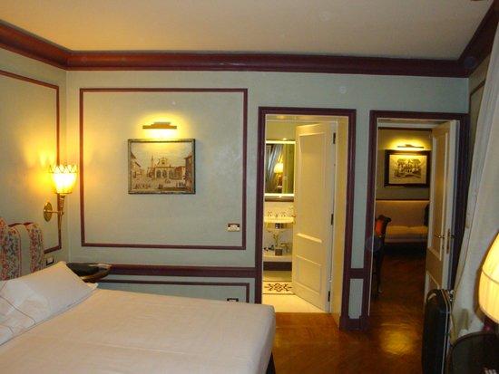Santa Maria Novella Hotel: 寝室