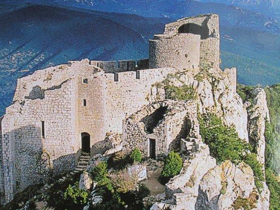 Château de Peyrepertuse : monumentaal...