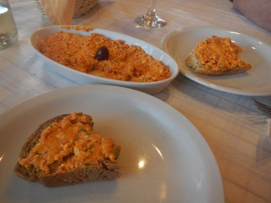 Roka Kafeneio Ouzeri : Xtipiti - Spicy feta cheese dip was AMAZING!!!