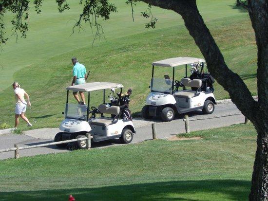 Amarante Golf Plaza : ptite voiturette pour se rendre au golf