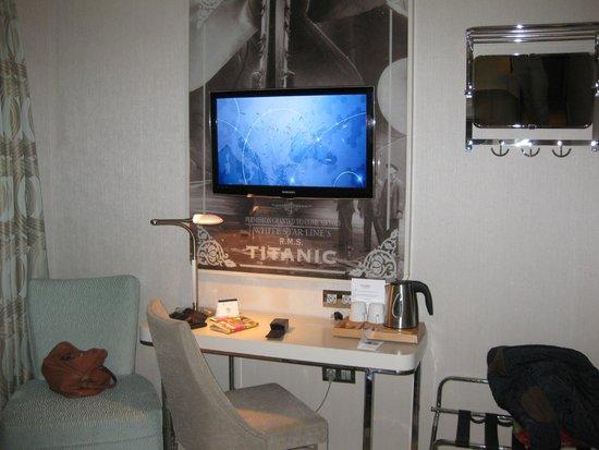TITANIC Comfort Hotel Berlin Mitte : Room