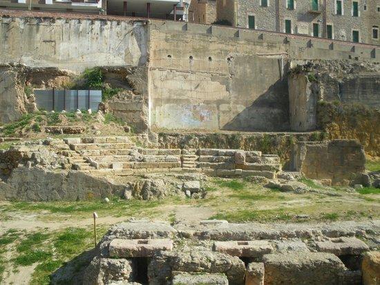 Roman Amphitheatre: Vista 1 (wikipedia)