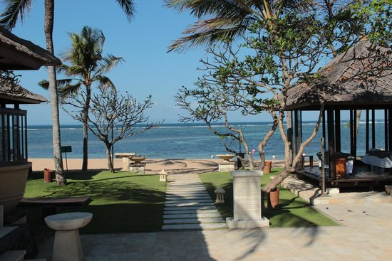 Conrad Bali: Near Pool Area