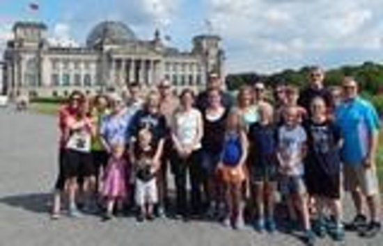 UlkoTours -Day Tours : Group at Reichstag Building