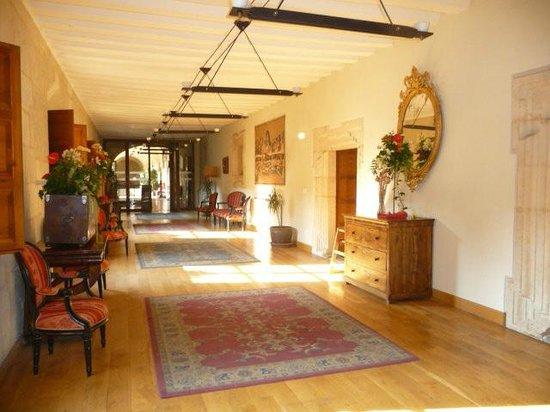 Hotel Real Colegiata de San Isidoro: couloirs
