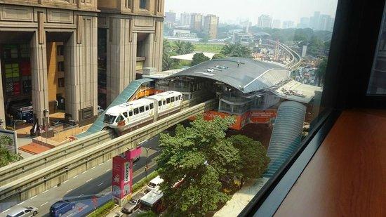 Melia Kuala Lumpur: monorail and Berjara Time Square