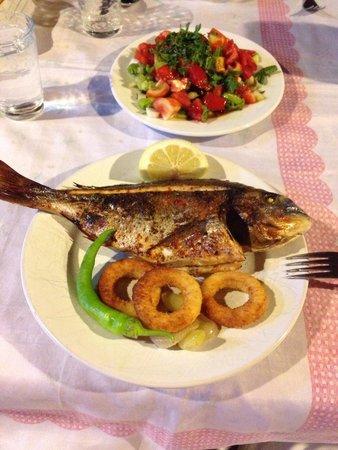 Tas Motel: Balık menüsü