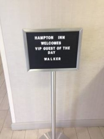 Hampton Inn Orlando International Airport: VIP Sign