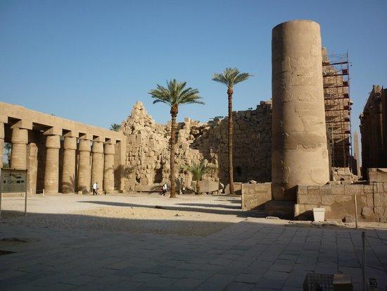 Temple of Karnak: это по-человески понятно, остальное - КОСМОС