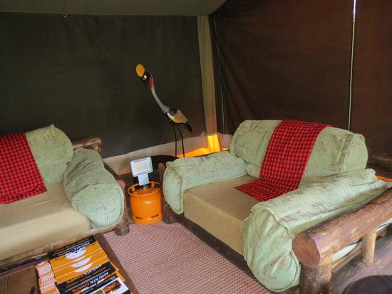 Ang'ata Camp Ngorongoro : Cozy communal space