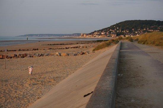 Pierre & Vacances Résidence Port Guillaume : La plage