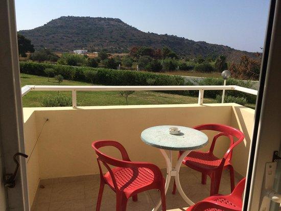 Zoes Hotel: Terrazzino per concedersi piccoli momenti di Relax