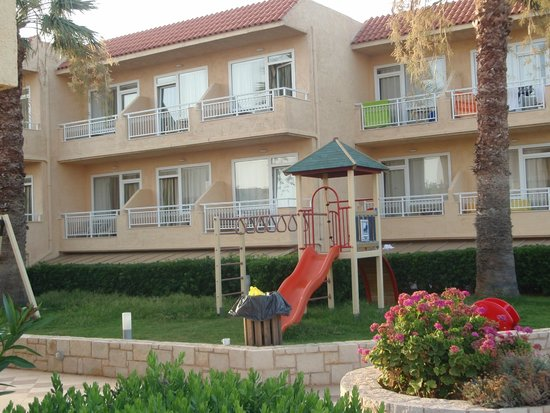 Lavris Hotel Bungalows: hotel
