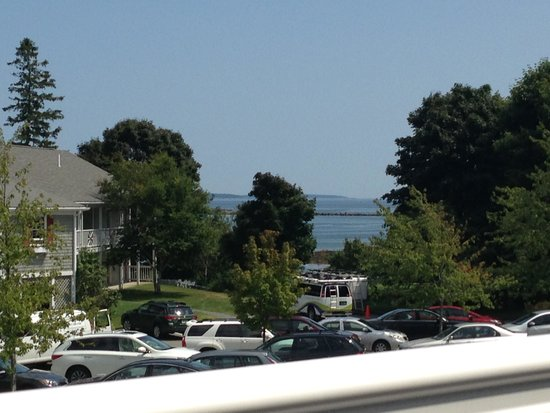 Bar Harbor Inn: View from 2nd floor Newport Bldg