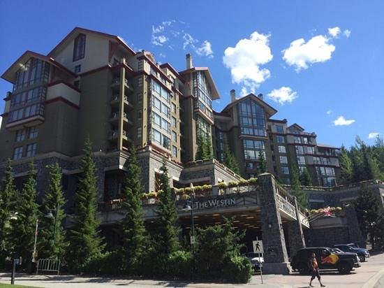 The Westin Resort & Spa, Whistler: view of the hotel from the front