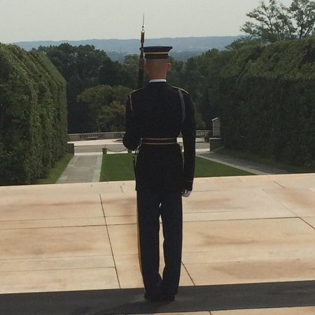Arlington National Cemetery: Tomb of the Unknown Soldier
