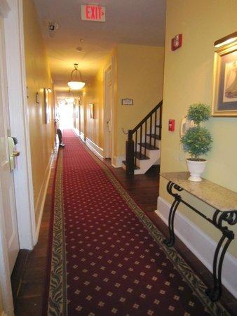 The Marshall House: Hallway, 4th floor