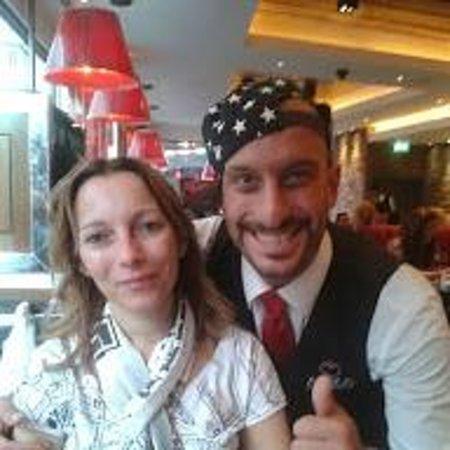Angus Steakhouse: Robin Simpatia