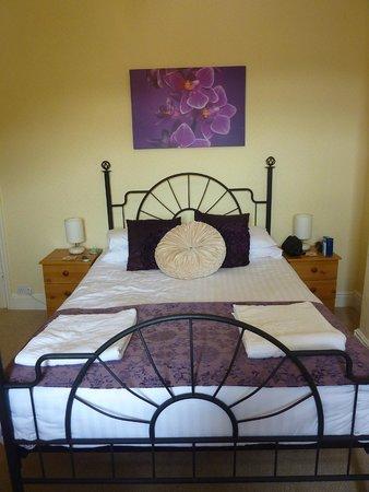 Britannia Guest House : Bedroom view