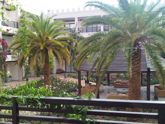 Adam Park Marrakech Hotel  & Spa: Giardino interno