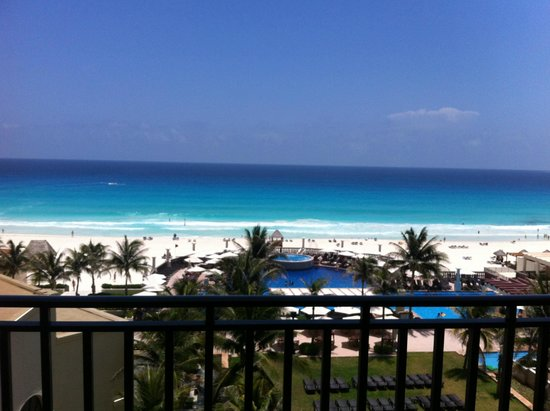 CasaMagna Marriott Cancun Resort: view from our balcony