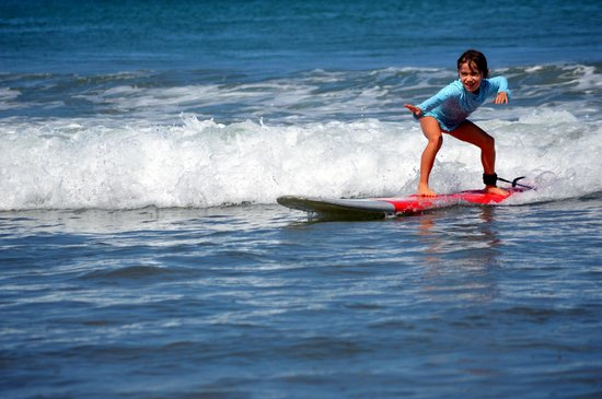 Frijoles Locos Surf Shop & Spa: Very focused little surfer!