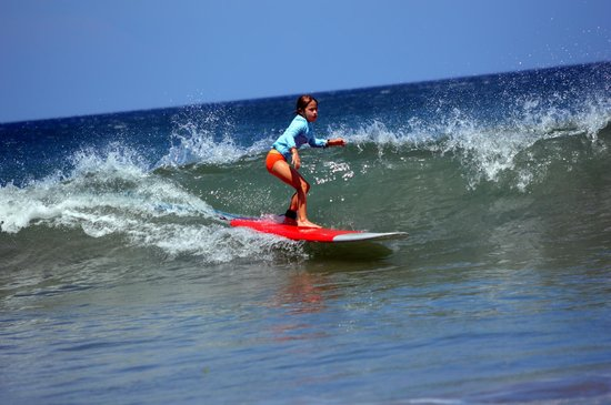 Frijoles Locos Surf Shop & Spa: A big day - green water for the 8 year old!