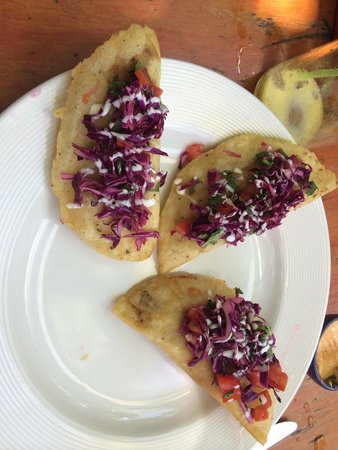 Puro Corazon: shrimp empanadas