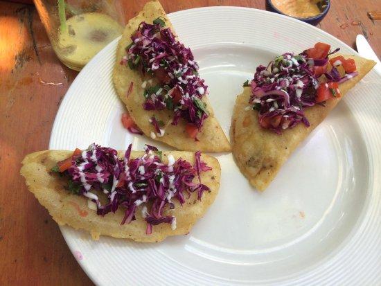 Puro Corazón: shrimp empanadas