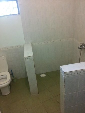 Casa Umoja: ванная