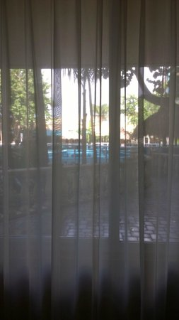 Universal Palms Hotel : View from room  with darken curtains