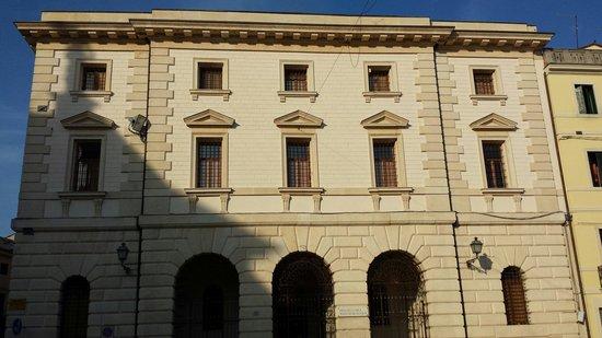 Cologna Veneta, Italien: Il. Museo archeologico a fianco del duomo, aperto solo la domenica!