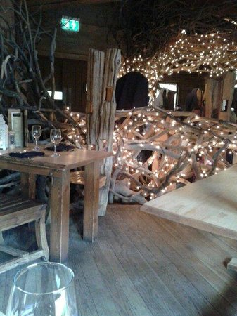 The Treehouse Restaurant at the Alnwick Garden: Twinkle Twinkle
