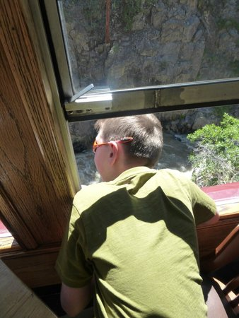 Durango and Silverton Narrow Gauge Railroad and Museum : Checking out the river down below