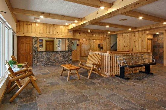Caberfae Peaks: The hotel lobby