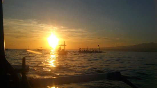 Lovina Beach: Beatiful sunrise