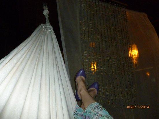 Porto de Galinhas Praia Hotel: Pool resting area