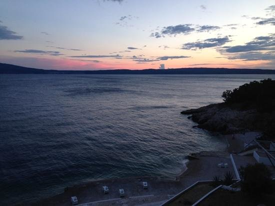 Novi Spa Hotel & Resort: view at sunset from the 'eight' bar
