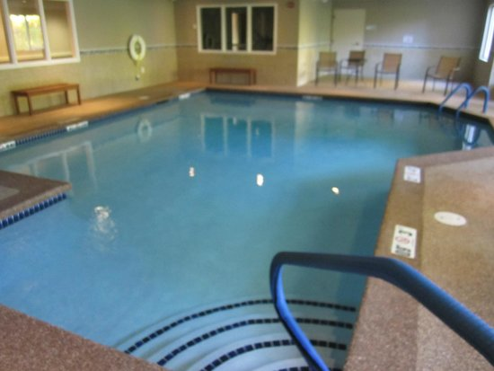 Holiday Inn Express Hampton South - Seabrook: Piscine