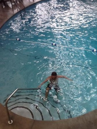 Colonial House Motel: My son in the indoor pool