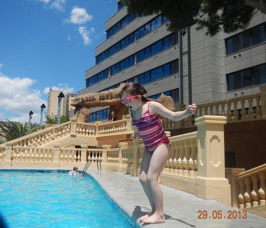 Magic Aqua Rock Gardens: hotel pool